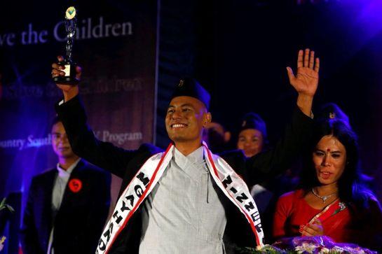 el-ganador-del-certamen-mister-gay-handsome-nepal-2017-manidra-shingh